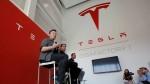 Tesla S Market Cap Crosses 800 Billion Musk S Wealth Crosses 200 Billion