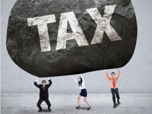 Only 1 Indians File Income Tax Returns
