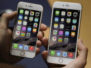 Apple Slashes Iphone Prices India Iphone 7 Now Available Un