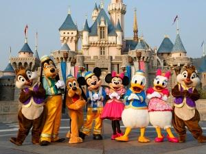 Walt Disney Buys Murdoch S Fox 52bn