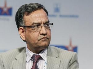 Rbi Names Idbi Bank Md Jain As Deputy Governor