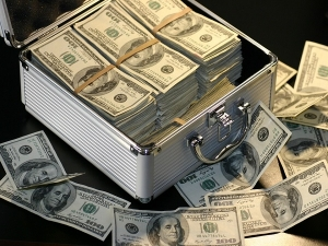 Money Indians Swiss Banks Rise 50 Over Rs 7 000 Crore