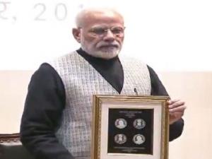 Pm Modi Releases Rs 100 Coin Memory Former Pm Atal Bihari Va