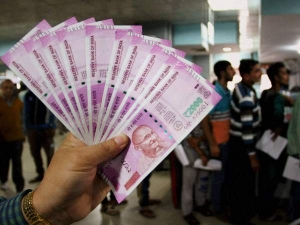 Cashless India Monthly Upi Transactions Cross Rs 1 Lakh Cr