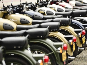 Royal Enfield Recalls Bullets For Faulty Breaking System