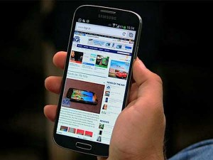 Smartphone Sales Pick Up Pace Online