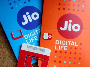 Jio Advance Recharge Plan One Year Of Tariff Hike May Escape