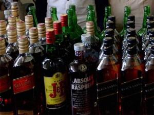 Permission To Open Liquor Shops When In Kerala