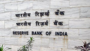 Rbi Says Cash In Circulation In Jan April More Than Entire