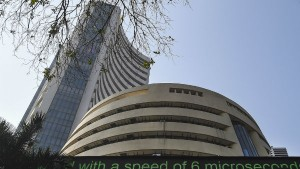 Sensex Sheds 180 Points Nifty Below 9 100 Friday Trades Amid Government S Economy Stimulus