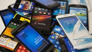 Smartphone Market Shows Big Come Back In India Stes All Time Quarter Record